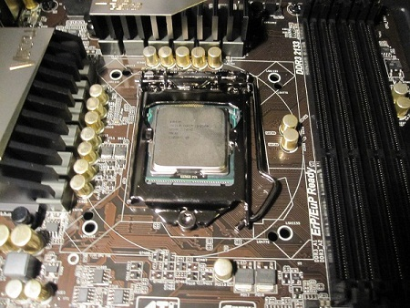 2500K CPU Installed